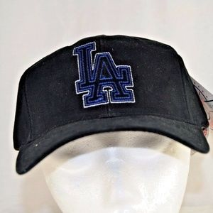 LA Dodgers Black Baseball Cap Adjustable   NWT